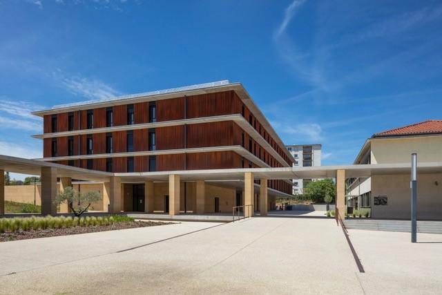 15.42 Internat Lycée J. Guesde